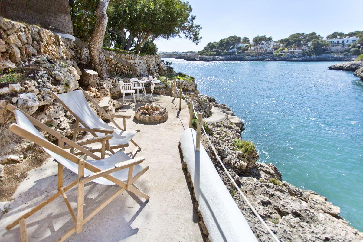 Luxury holiday villas on mallorca for Holiday villas mallorca