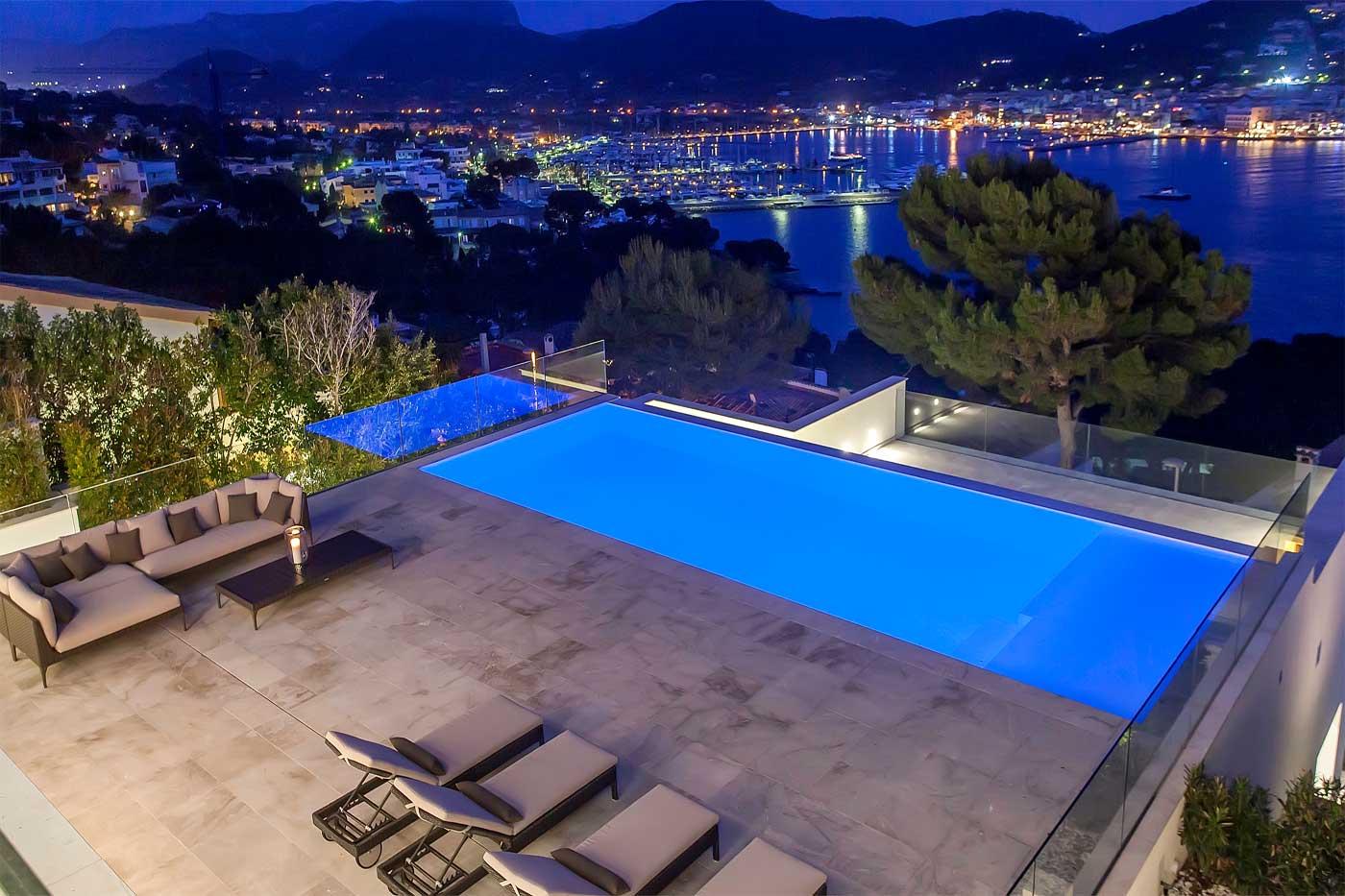 Luxury holiday villas on mallorca finest holidays for Holiday villas mallorca
